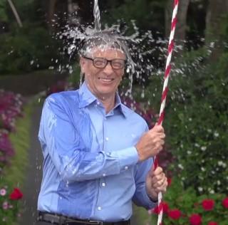#icebucketchallenge Bütün Dünyaya ALS'yi Öğretti (mi)?