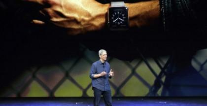 tim-cook-apple-watch-11