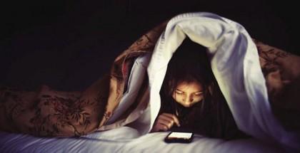 sleep_phone_bed_3441835b