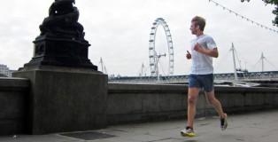 man-running-along-thames-river-london_h