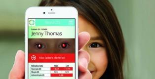 ctnow-doctors-using-smart-phones-for-eye-tests-002