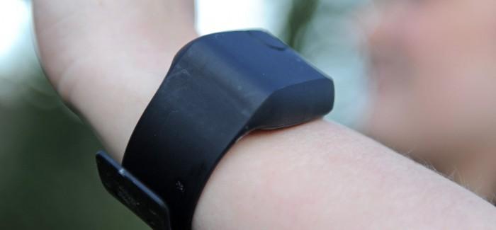 Otizm Hastaları İçin Biyometrik Kol Bantları Kullanılacak